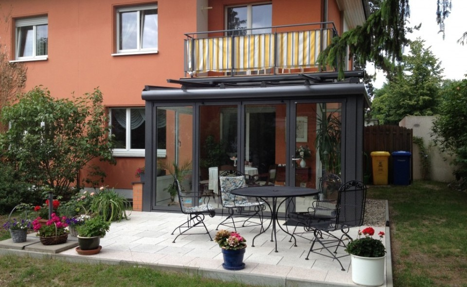 Dürbusch - Referenzen - Der Wintergarten unter dem Balkon