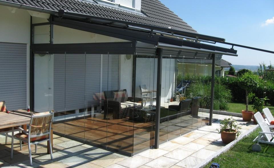 glashaus wintergarten gann raith wintergarten gmbh co kg referenzen glashaus atrium. Black Bedroom Furniture Sets. Home Design Ideas